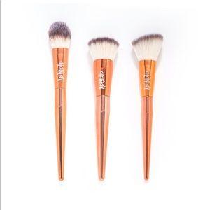 Alamar complexion brush trio